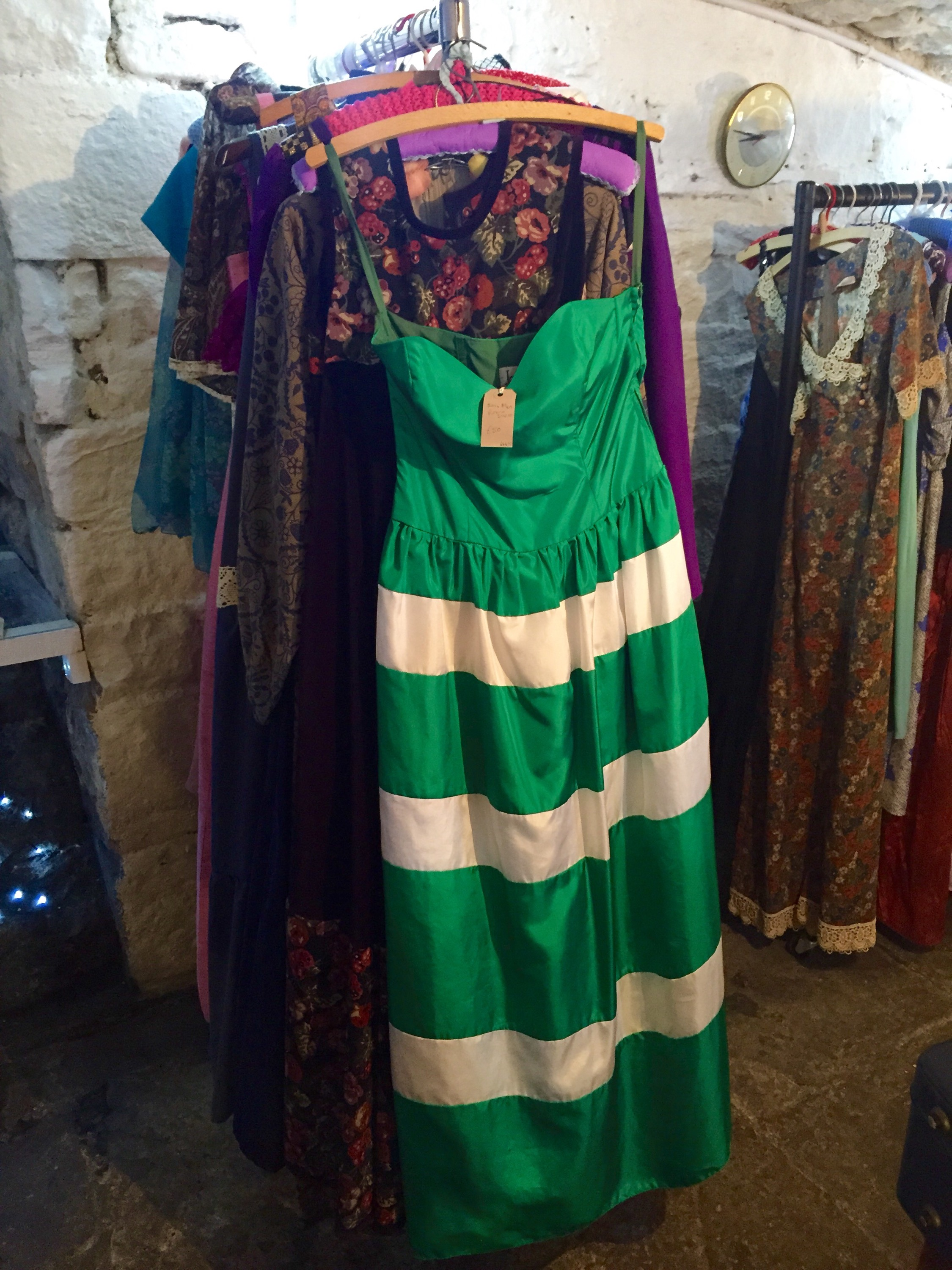 The dress agency - Its Basically A Community Interest Company Leah Invites Clients To Bring In Good Quality Clothing And Accessories Which When Sold The Dress Agency Takes