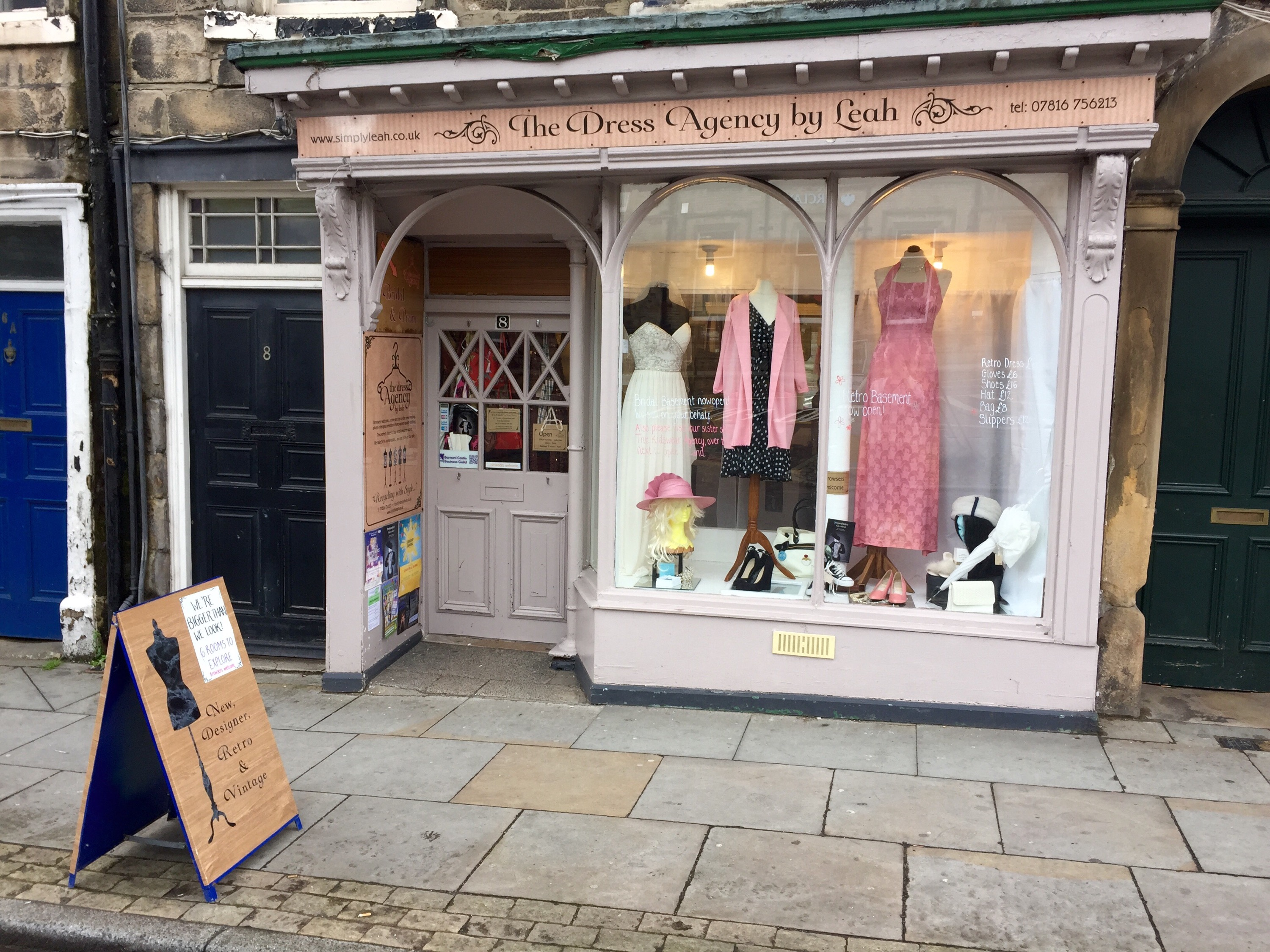 The dress agency - I Was Enticed Into The Shop By A Window Display Showcasing An Outfit Jackie O Or Marilyn Would Have Rocked In Their Hey Day The Handmade Salmon Pink Halter